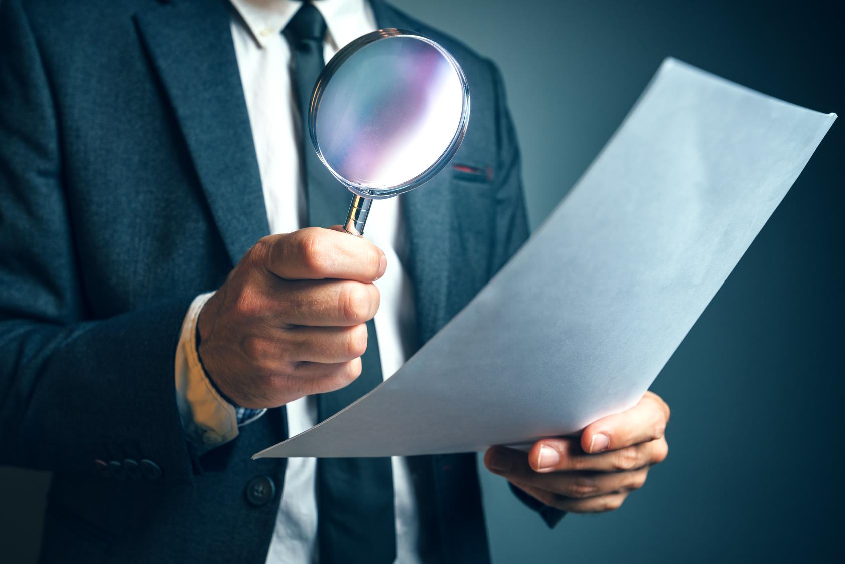 Einsatz von Dienstleistern Sourcing Verträge prüfen Scheinwerkverträge Dienstleister Scheindienstleistungsverträge AÜB ANÜ verdeckte Arbeitnehmerüberlassung Checkliste